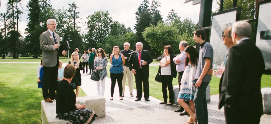 Bob Kuhn leads tour on campus