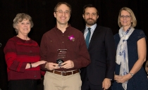 Nursing Professor receives Award of Excellence for Nursing Research